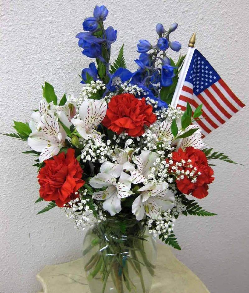 July 4th Flower Arrangement